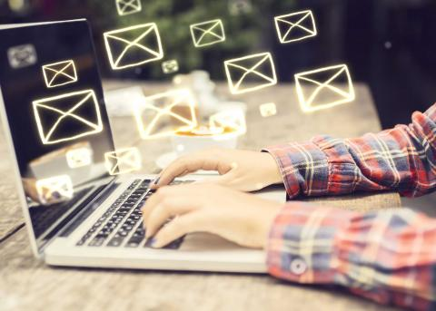 Tips on how to sign off an email or initiate a greeting email