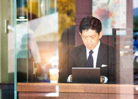 Work habits of 4 successful Hong Kong finance leaders