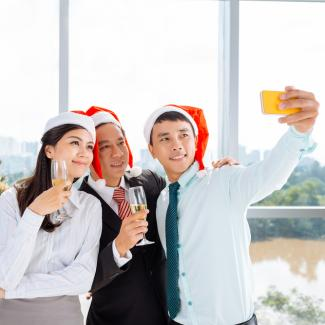6 business tips you should consider before celebrating your work Christmas party